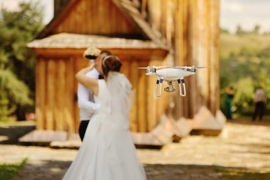 photo mariage drone